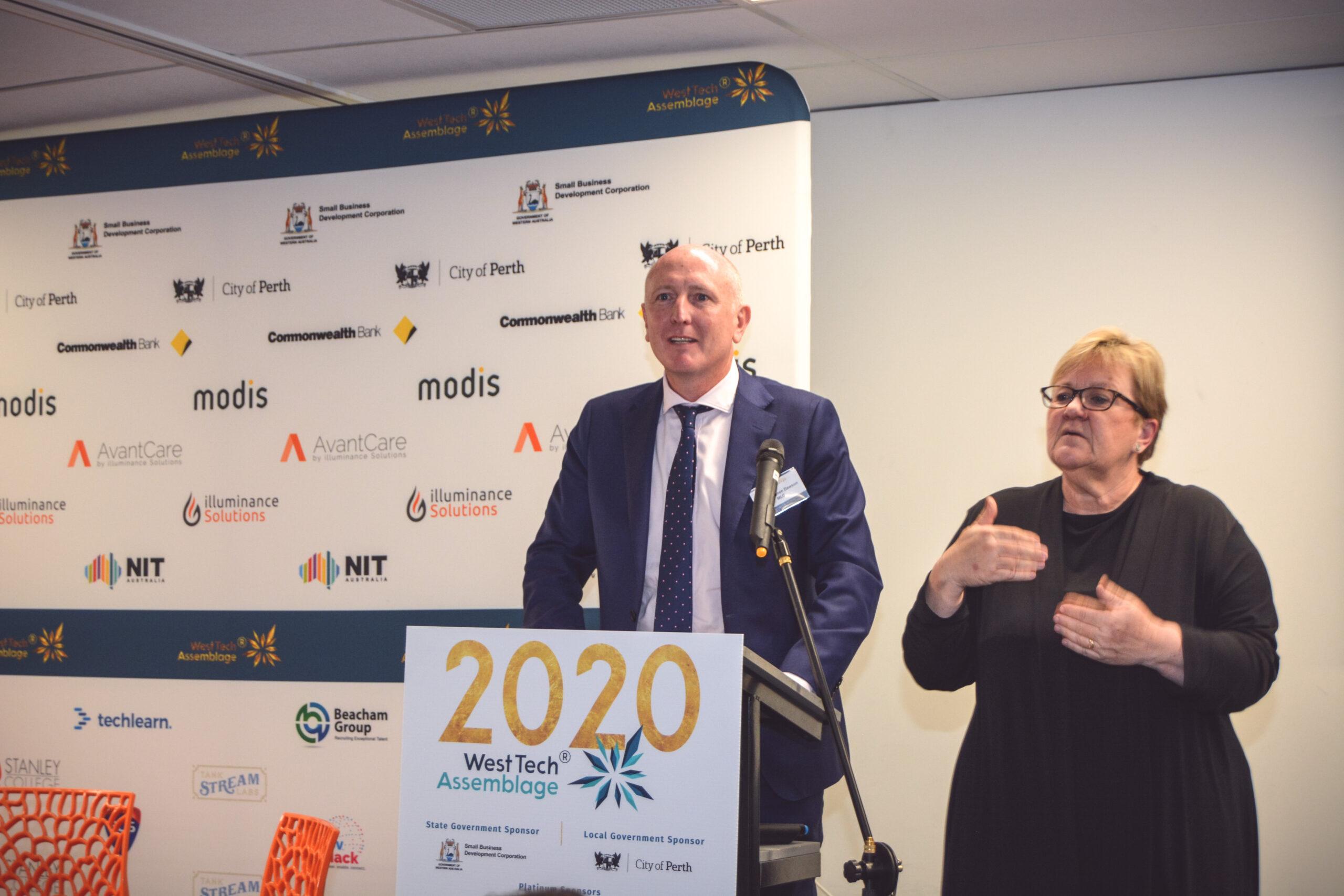 Photo of Minister Stephen Dawson and AUSLAN interpreter Fiona Perry